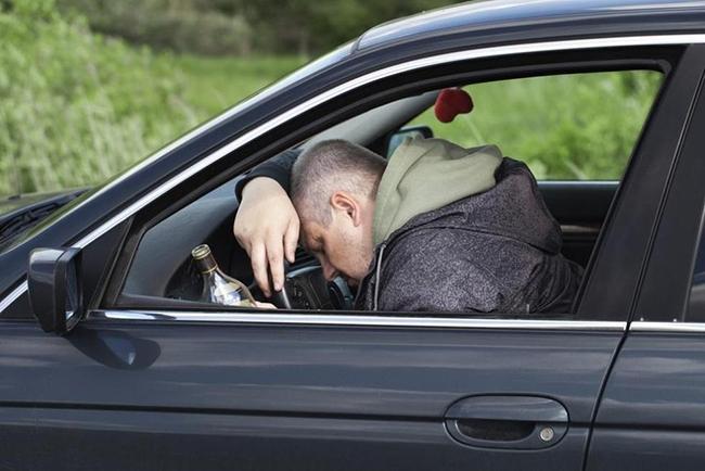 Алкоголик за рулем