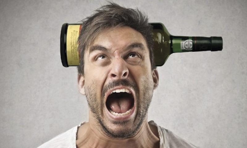 Какие психологические проблемы присущи алкоголикам?